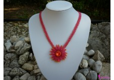 obrázek Náhrdelník červená kytička